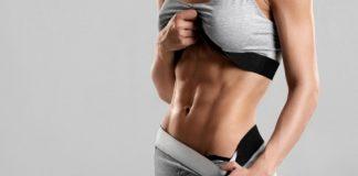 mulher com músculos definidos