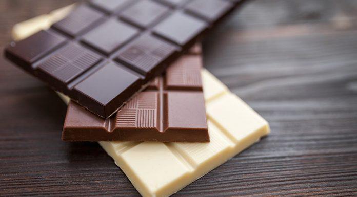 Comer chocolate reduz o apetite e faz bem para saúde