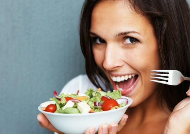 salada de repolho com tomate