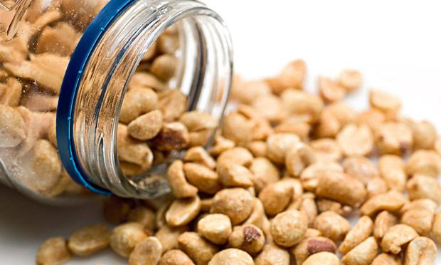 Amendoim-x-Amêndoa-–-descubra-os-benefícios-nutricionais-de-cada-um-01