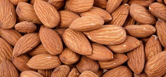 Amendoim-x-Amêndoa-–-descubra-os-benefícios-nutricionais-de-cada-um-02