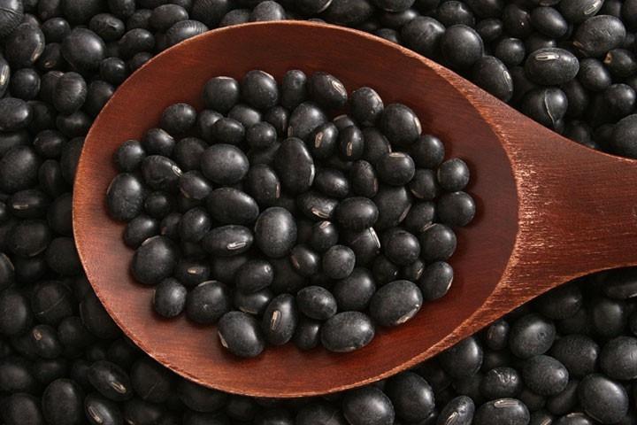 Farinhas de amora e de soja preta ajudam a emagrecer