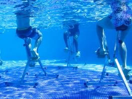 exercícios na piscina para emagrecer