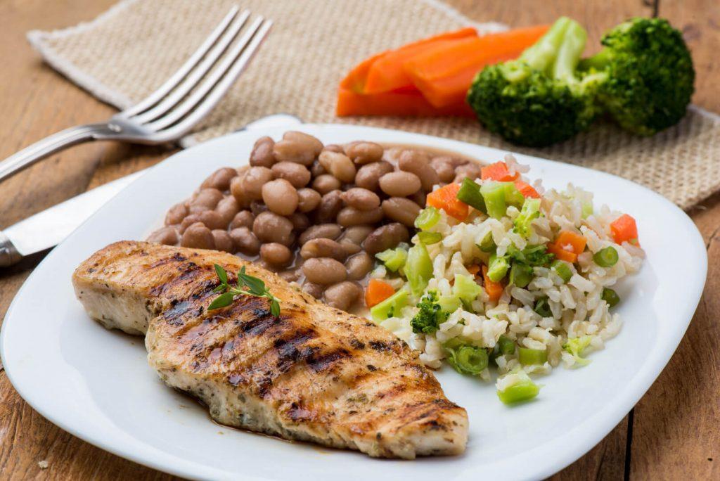 frango com legumes para ganhar massa muscular